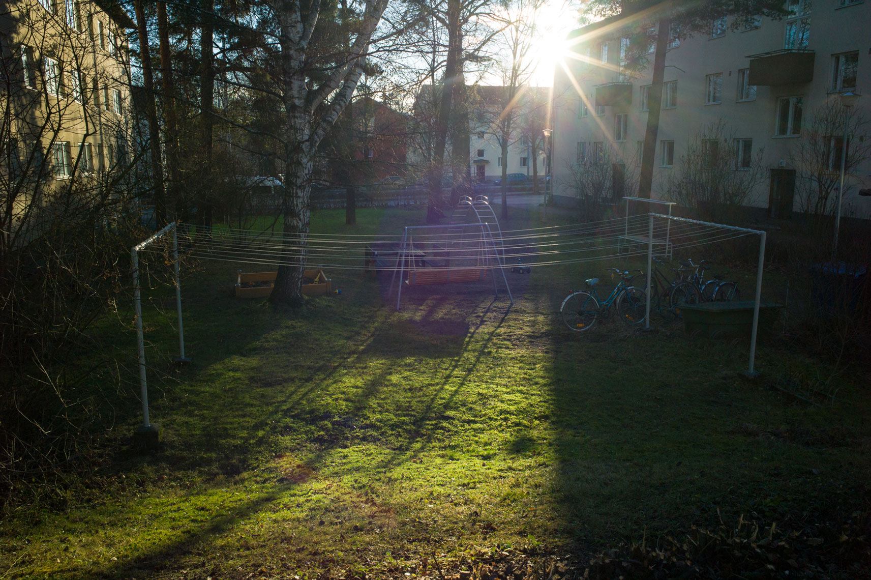 jon pack, photographer | the olympic city | helsinki, finland | village | swings